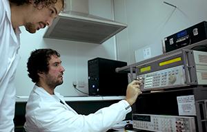 Estamos buscando a un ingeniero para desplegar un testbed 5G (descripción de la oferta adjunta). Se alinearía con actividades de investigación / realizar un doctorado, aunque esto último es más o menos flexible según capacitaciones e intereses.